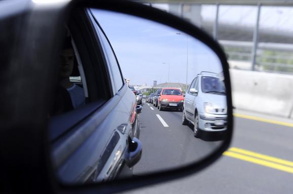 Srbiji nedostaje oko 10.000 vozača