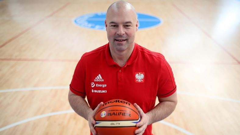 Trener koszykarskiej reprezentacji Polski Mike Taylor