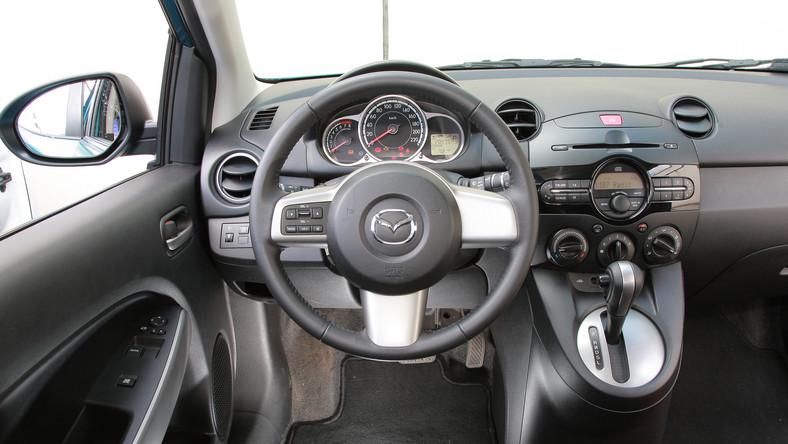 Polecany silnik to benzynowa jednostka 1.3/84 KM - model po liftingu w październik 2010 roku. Ceny zadbanych egzemplarzy mazdy 2 zaczynają się od ok. 20 tys. zł.