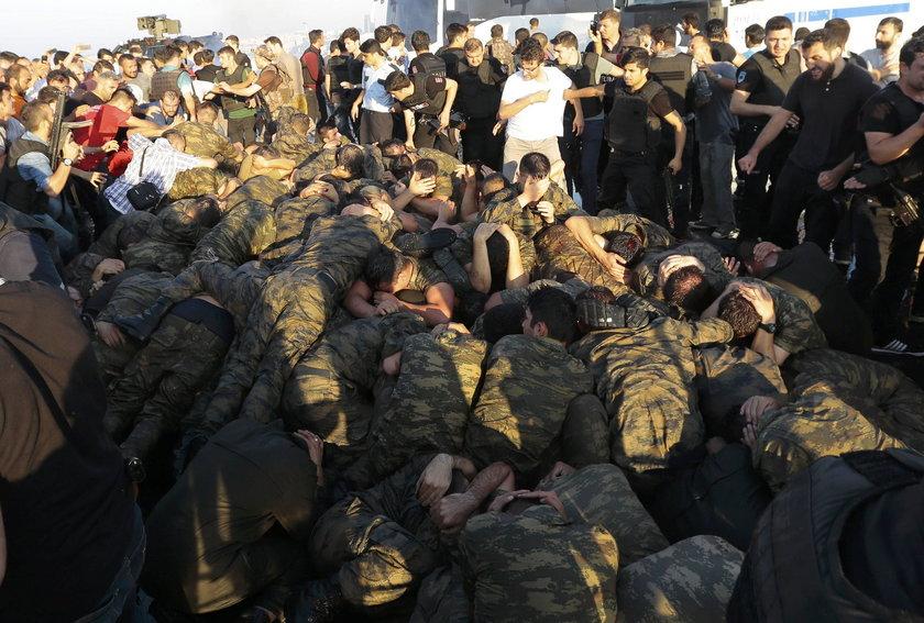 Wojskowi, którzy odważyli się sprzeciwić rządowi Erdogana