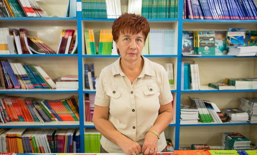Leokadia Adamek, sprzedawca książek