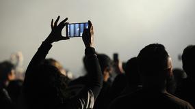 Muzycy idą na wojnę z telefonami na koncertach