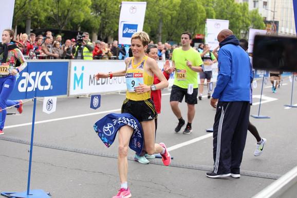 Olivera Jevtić ulazi u cilj