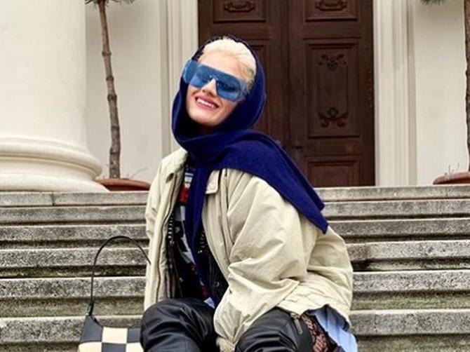 Sofiji prete smrću iz NAJGLUPLJEG mogućeg razloga: Kad skine naočare i ljudi vide njene obrve reaguju kao da su videli ĐAVOLA