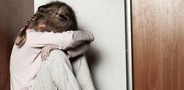 """""""Wujek"""" gwałcił 7-latkę. Płakała cicho, by chronić siostrzyczkę"""