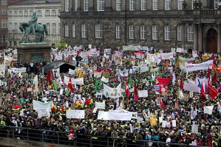 331552_kopenhagen-protest-protiv-reforme-obrazovanja-ap