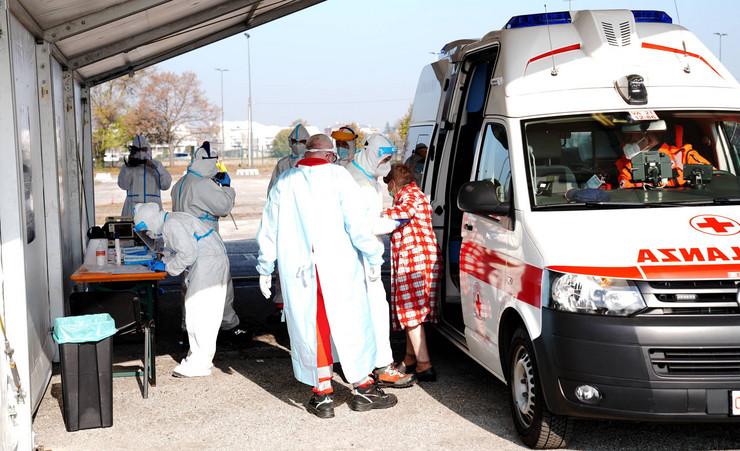 Italija korona virus nova pokrivalica