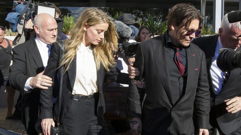 Amber Heard i Johnny Depp przed sądem