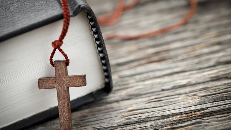 Reinkarnacja i religia, biblia, różaniec
