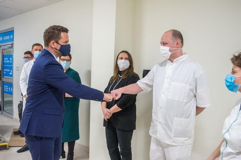Warszawa. Wojewoda prosi szpitale o pomoc