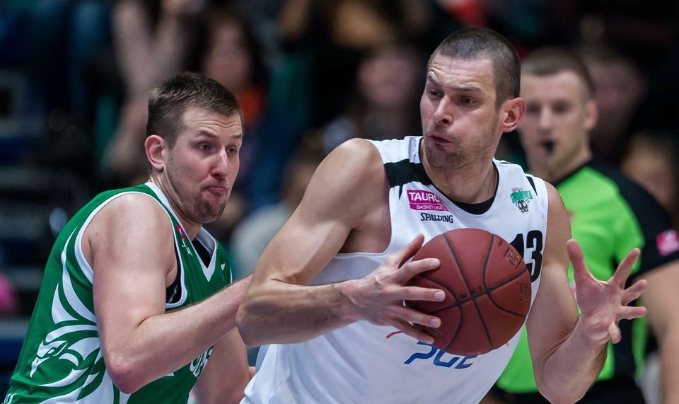 Koszykówka - Filip Dylewicz ponownie w Sopocie - Polska