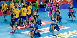 Szwedzi narzekają na polskie cheerleaderki. Są za seksowne?