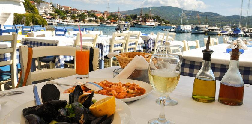 Turyści zapłacili prawie 4 tys. zł za posiłek! Jest odpowiedź restauracji