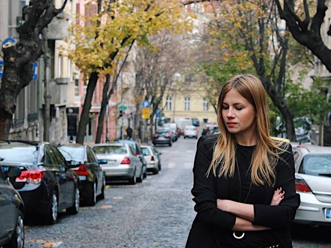 Iz ugla jedne Beograđanke: Fejk samopuzdanje, debeli lajfkouč i influenser bez pratilaca