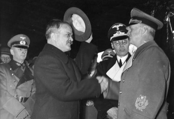 Lažni sporazum:Ribentrop i Molotov