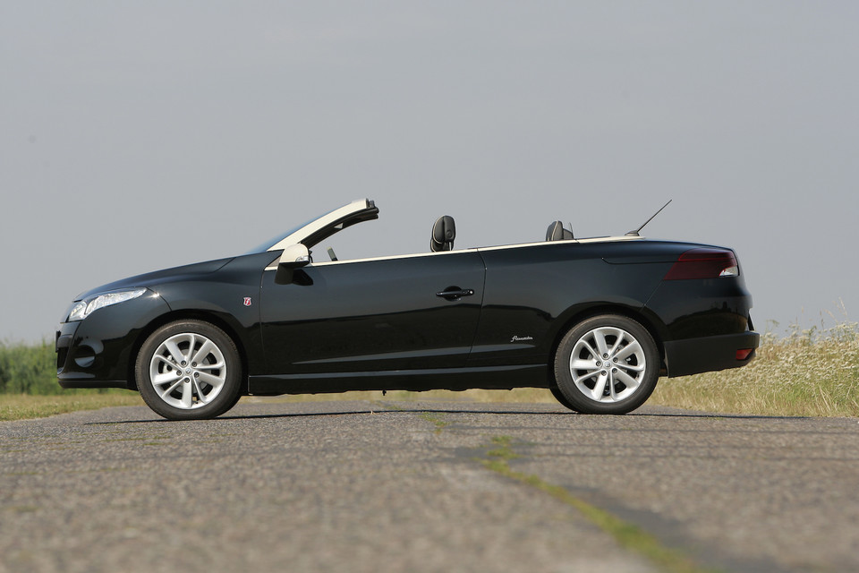Renault Megane III - CC (Coupe-Cabriolet)