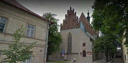 Księża skrócili msze w całym Olkuszu. Przez niepokojący telefon