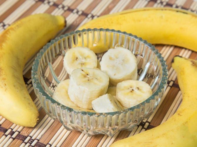 Ako dnevno pojedete 2 banane, u telu će vam se desiti OVE 4 STVARI: Dobro pazite kada ih birate, moraju da budu BAŠ OVAKVE