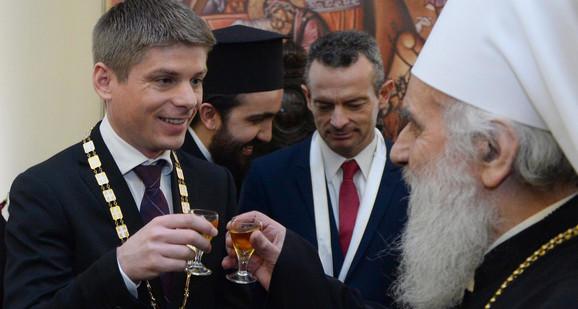 Patrijarh Irinej odlikovao Arnoa Gujona i Marinosa Ricidusa