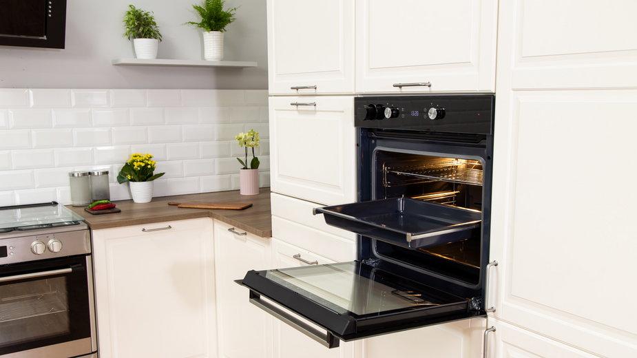 Zacznij gotować bez tłuszczu. Poznaj modele piekarników parowych