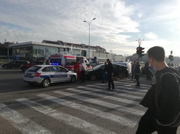 Na licu mesta Hitna pomoć i policija