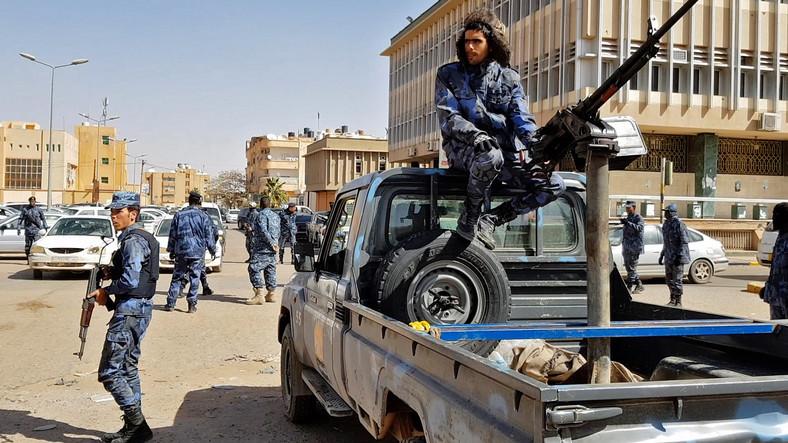 Żołnierze Libijskiej Armii Narodowej