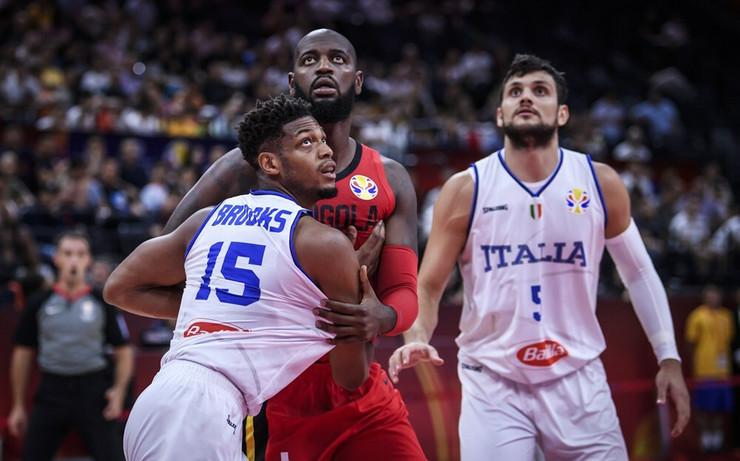 Košarkaška reprezentacija Italije, Angole
