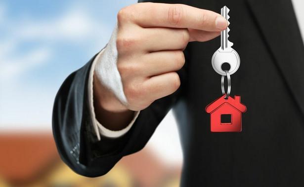 Chodziło o przedsiębiorcę, który zamierza kupować mieszkania na rynku wtórnym, przeprowadzać w nich drobne remonty (nieprzekraczające 30 proc. wartości początkowej lokalu), a następnie je sprzedawać.
