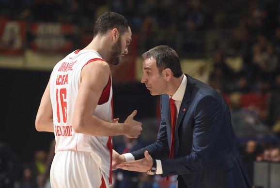 Milenko Topić u razgovoru sa Stefanom Jankovićem