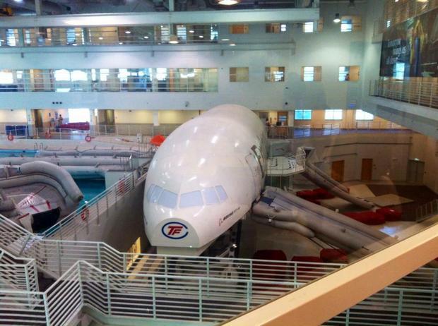 Wnętrze college'u Emirates