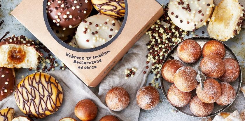 Tłusty Czwartek. Pączki i donuty w Lidlu i Biedronce za darmo