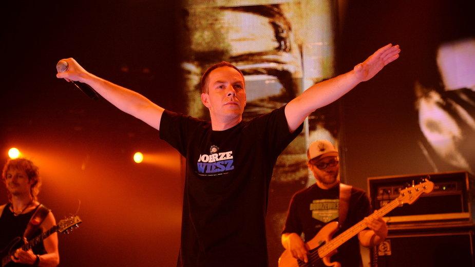 Łona podczas koncertu Made in Polska (wrzesień 2013)
