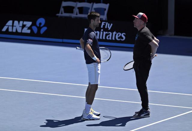 Boris Beker i Novak Đoković na treningu 2016. godine