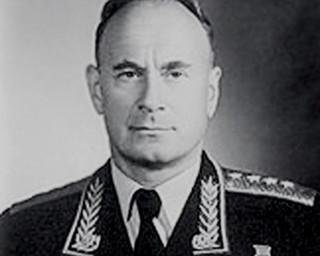 """Pierwszy szef KGB byłby ceniony w każdej korporacji. """"Tajemnice walizki generała Sierowa'"""
