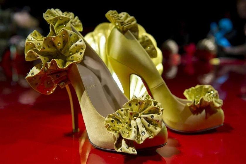 Wystawa butów Louboutina