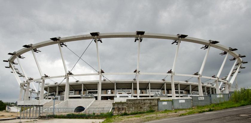 Bałagan przy budowie stadionu. Roztrwoniono 68 mln zł!