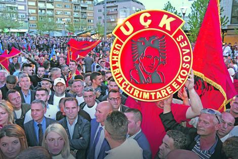 """Novoformirana """"OVK koalicija"""" od juče predstavlja glavnu političku snagu na Kosovu"""
