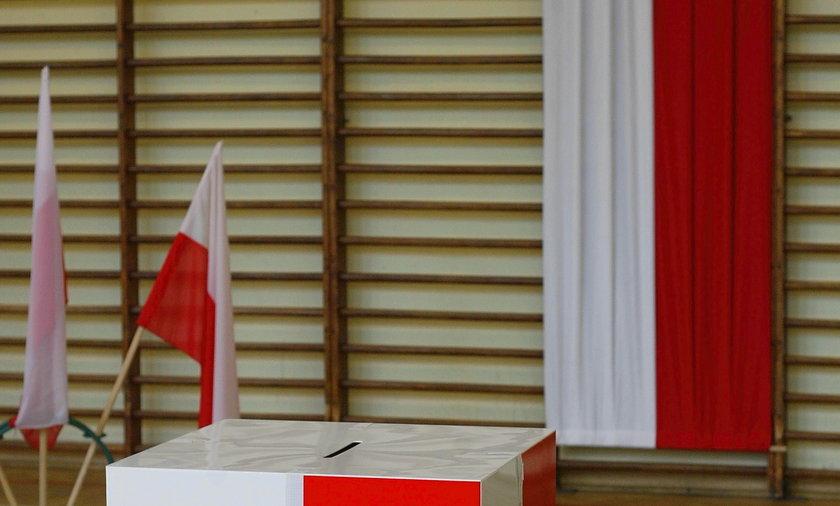 Urna wyborcza.