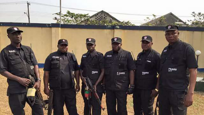 Police authorities in Ogun state have redeployed almost 200 former SARS operatives to other police departments. (Premium Times)
