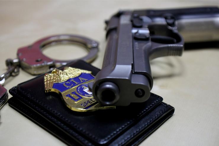 Pištolj, CIA