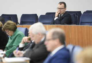 Ustawa o zgromadzeniach w Senacie: Państwo i Kościół bez pierwszeństwa w wyborze miejsca?