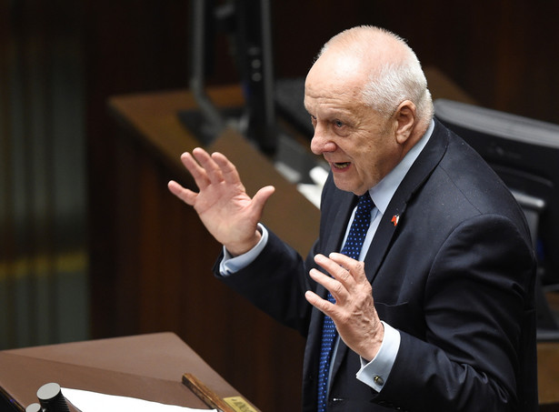 """""""Polityka PiS jest w gruncie rzeczy polityką antyunijną, antyeuropejską"""" - ocenił Niesiołowski"""