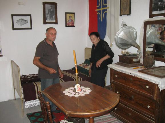 Krevet, stari gramofon, torba koju je Tomašević nosio na Olimpijadu samo su neki od eksponata