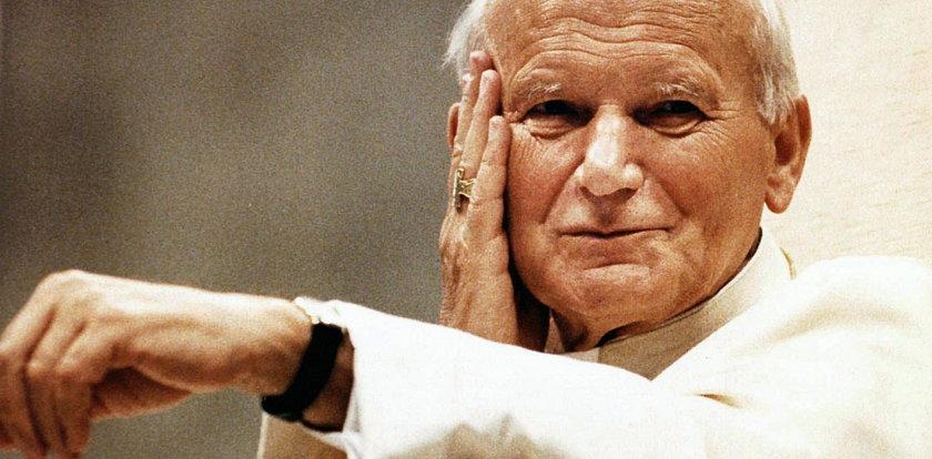 Tak Jan Paweł II wypędzał demona. Biskup wybiegł ze strachu