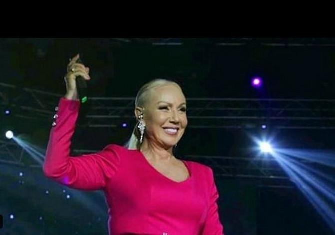 Brena na koncertu Marije Šerifović