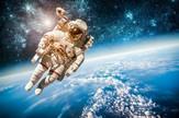 svemir astronaut