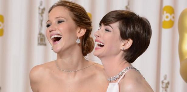 Jennifer Lawrence i Anne Hathaway