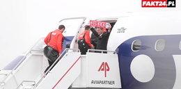 Kadra poleciała do Marsylii. Pilot z szalikiem witał biało-czerwonych!