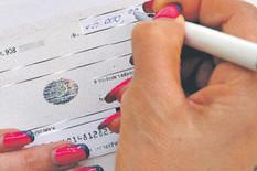 grafika banke uslovi za dobijanje cekova broj realizovanih cekova foto RAS