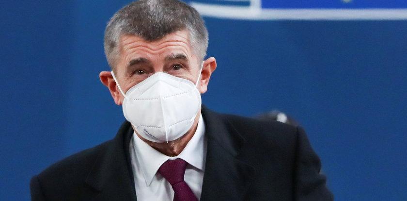 """""""Czekają nas piekielnie trudne dni"""". Dramatyczne słowa premiera Czech o pandemii"""